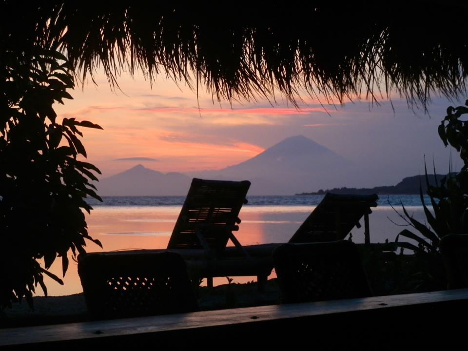 sunset-gili-air-gili-shark-conservation