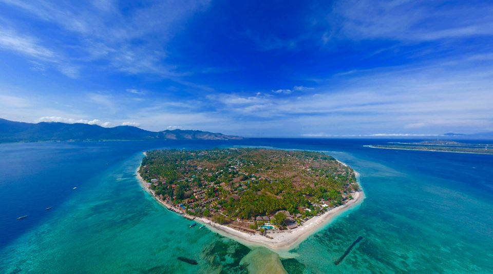 drone-shot-gili-air-indonesia