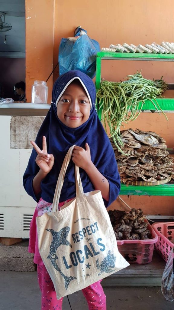 Bring Your Own Shopping Bag In Indonesia