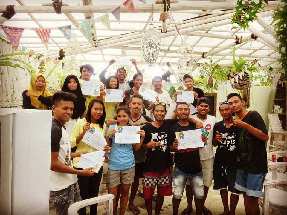 plastic free paradise training on Gili Air